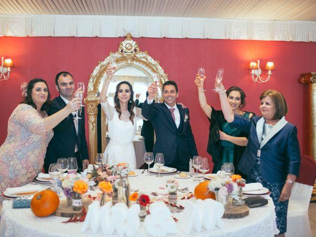 La boda de Ismael y Isabel en L' Ènova, Valencia 141