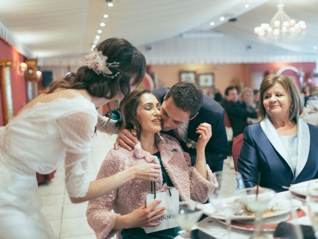 La boda de Ismael y Isabel en L' Ènova, Valencia 151