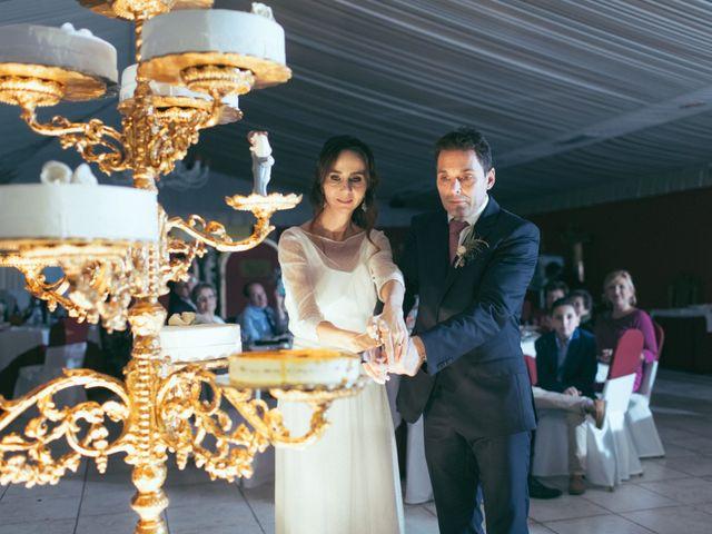 La boda de Ismael y Isabel en L' Ènova, Valencia 155