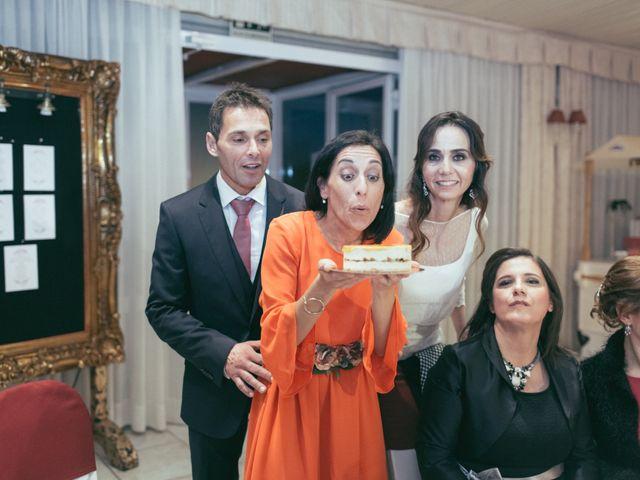 La boda de Ismael y Isabel en L' Ènova, Valencia 162