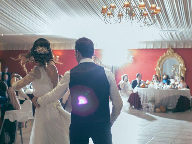 La boda de Ismael y Isabel en L' Ènova, Valencia 165