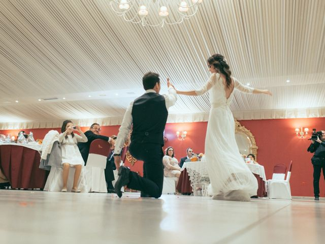 La boda de Ismael y Isabel en L' Ènova, Valencia 168