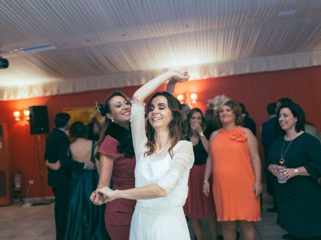La boda de Ismael y Isabel en L' Ènova, Valencia 173