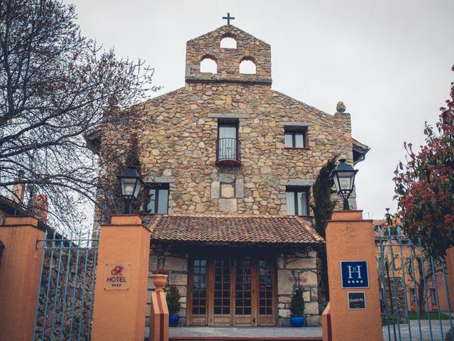 La boda de Carlos y María en Torrecaballeros, Segovia 4