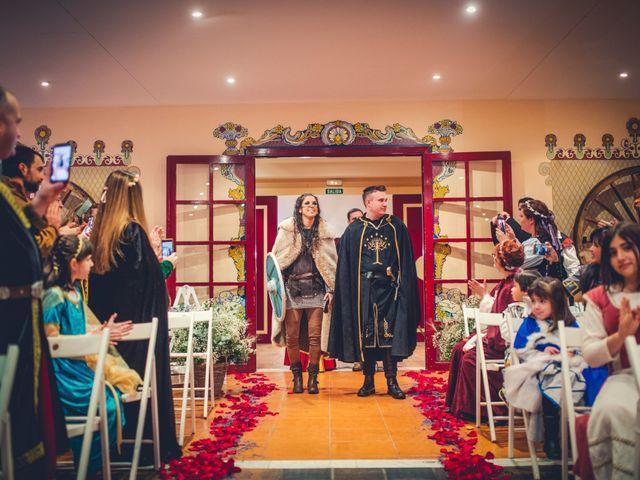 La boda de Carlos y María en Torrecaballeros, Segovia 49
