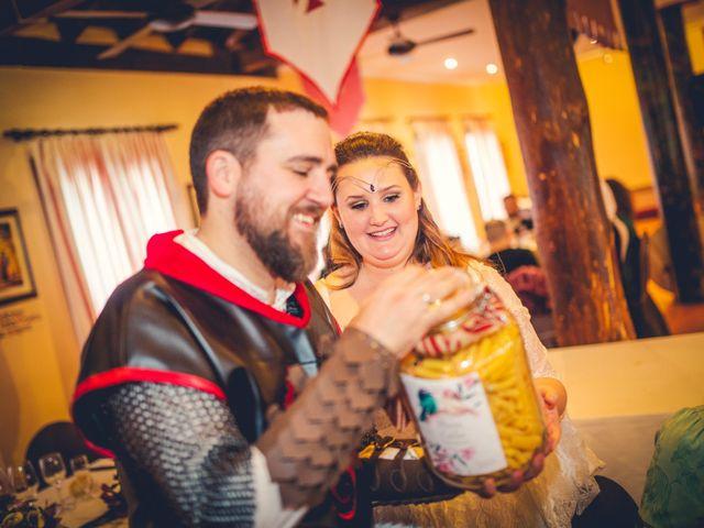 La boda de Carlos y María en Torrecaballeros, Segovia 69