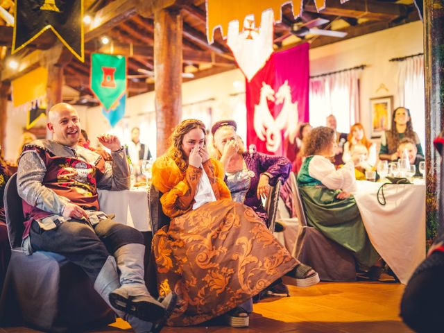 La boda de Carlos y María en Torrecaballeros, Segovia 75