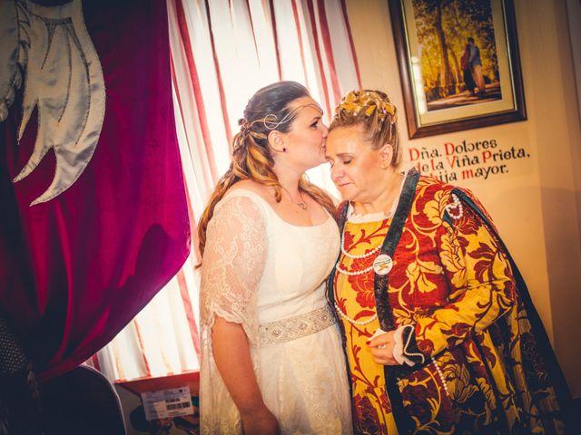 La boda de Carlos y María en Torrecaballeros, Segovia 79