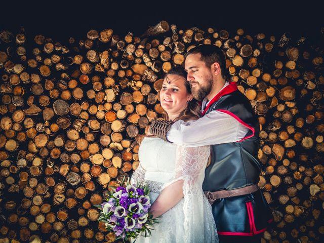 La boda de Carlos y María en Torrecaballeros, Segovia 99