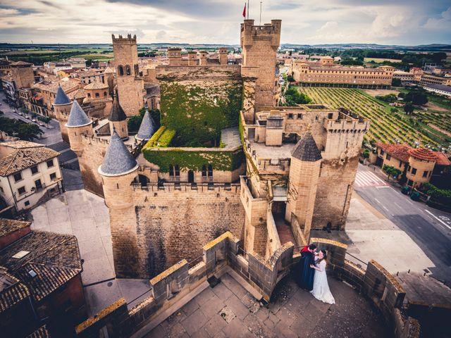 La boda de Carlos y María en Torrecaballeros, Segovia 108