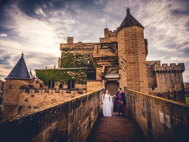 La boda de Carlos y María en Torrecaballeros, Segovia 113