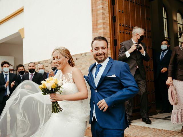 La boda de Soledad y José Luis en Sevilla, Sevilla 51