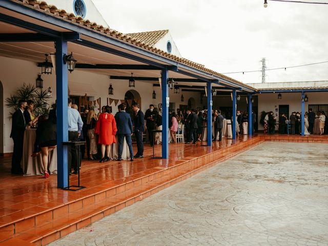 La boda de Soledad y José Luis en Sevilla, Sevilla 60