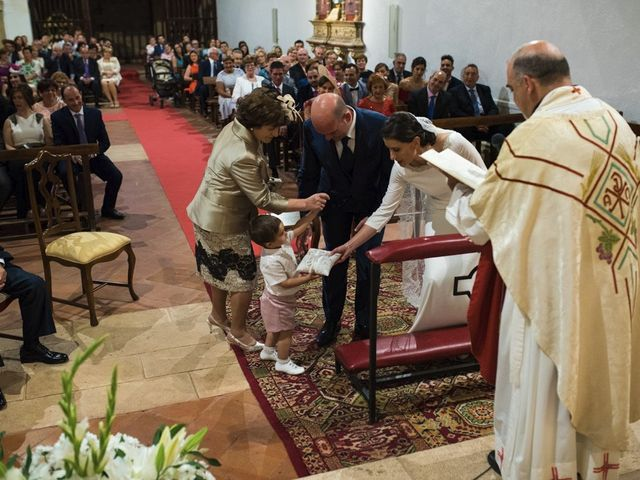 La boda de Jesús y María Teresa en San Clemente, Cuenca 18
