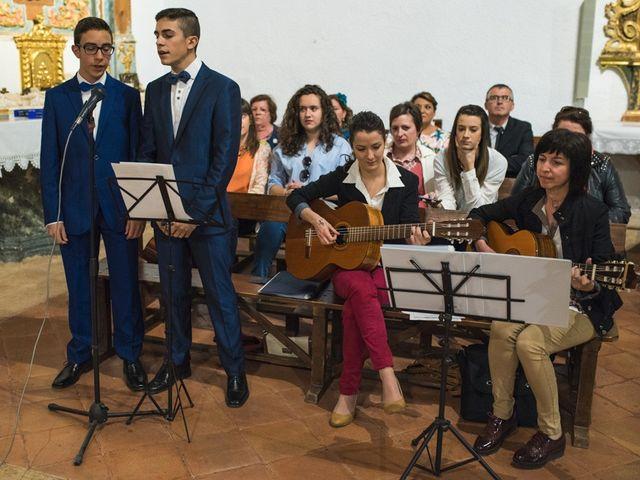 La boda de Jesús y María Teresa en San Clemente, Cuenca 19