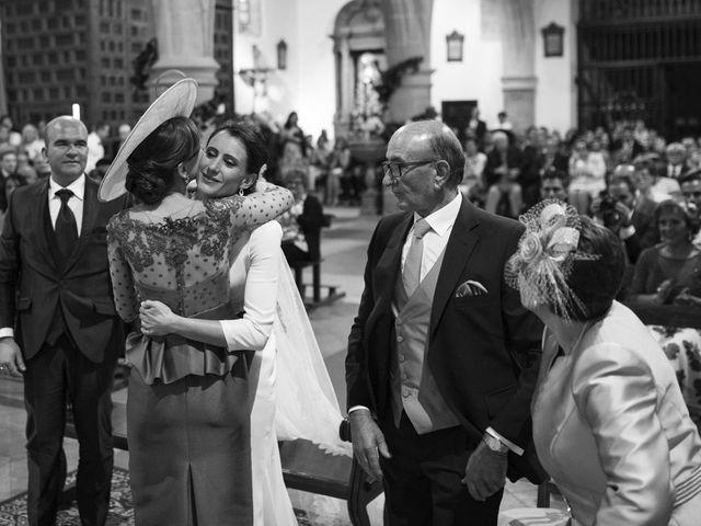 La boda de Jesús y María Teresa en San Clemente, Cuenca 28