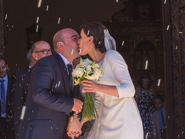 La boda de Jesús y María Teresa en San Clemente, Cuenca 30
