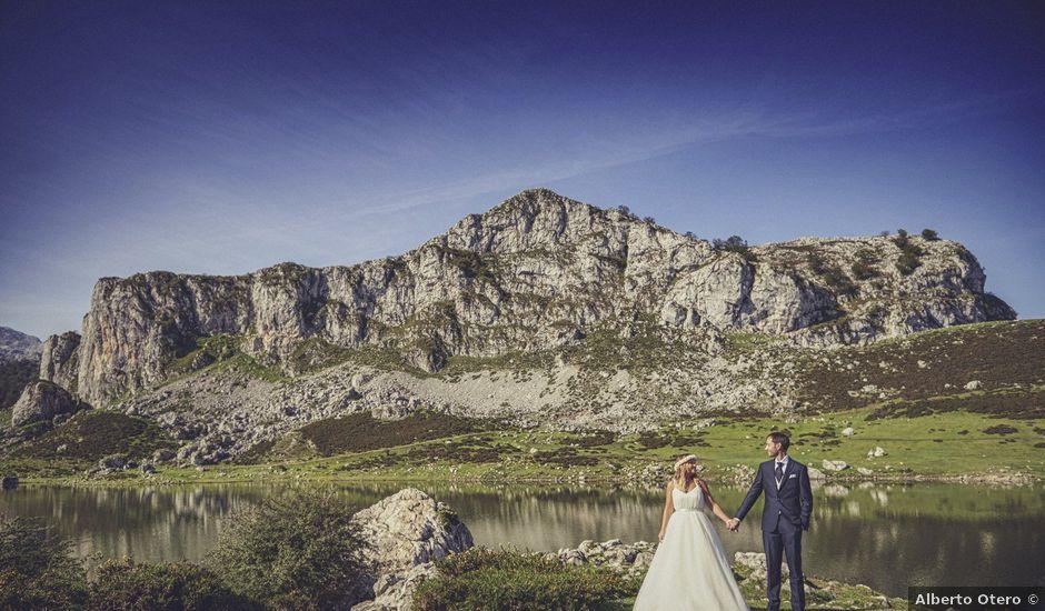 La boda de Diego y Arantxa en Oviedo, Asturias