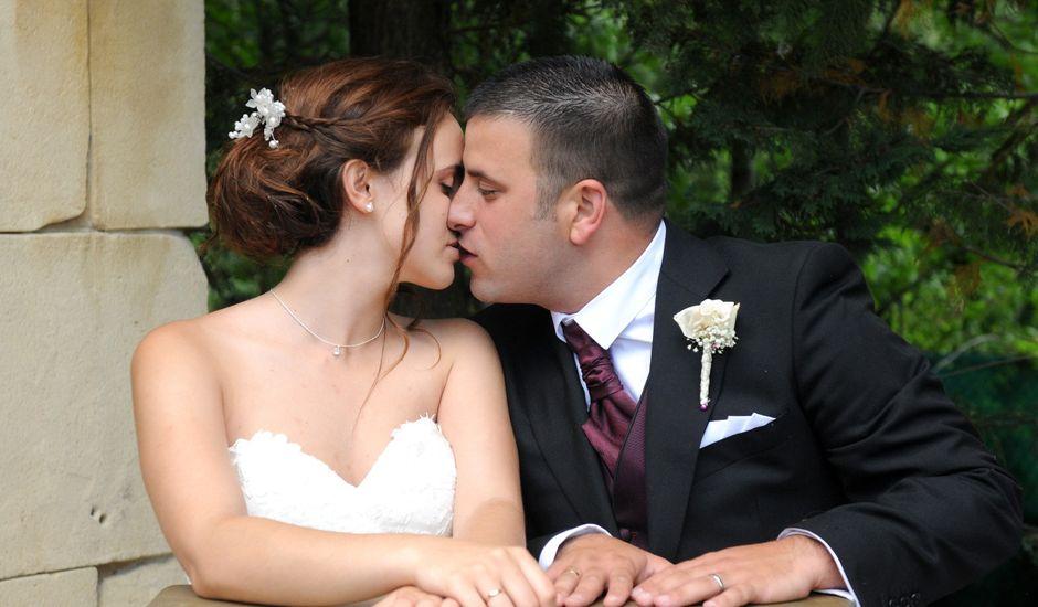 La boda de Fran y Paula en Huarte-pamplona, Navarra