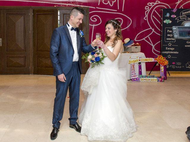 La boda de Jhony y Sandra en Avilés, Asturias 11
