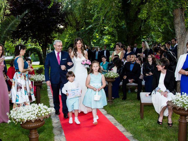 La boda de Víctor y Patricia en Illescas, Toledo 24