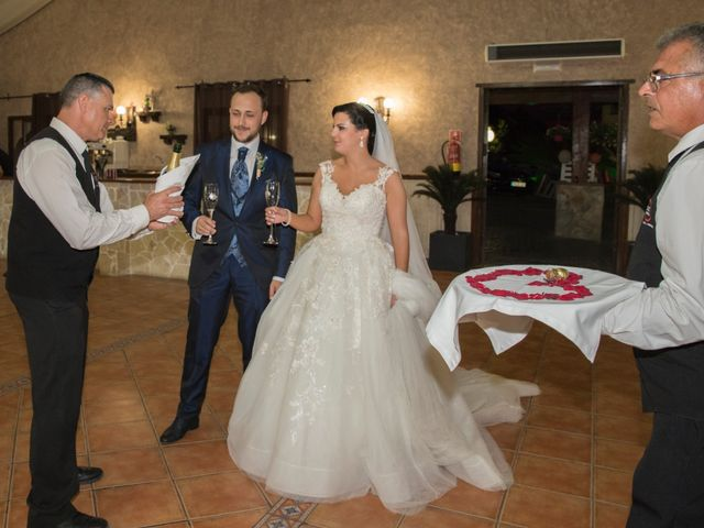 La boda de Ángel y Rocío en Coin, Málaga 73