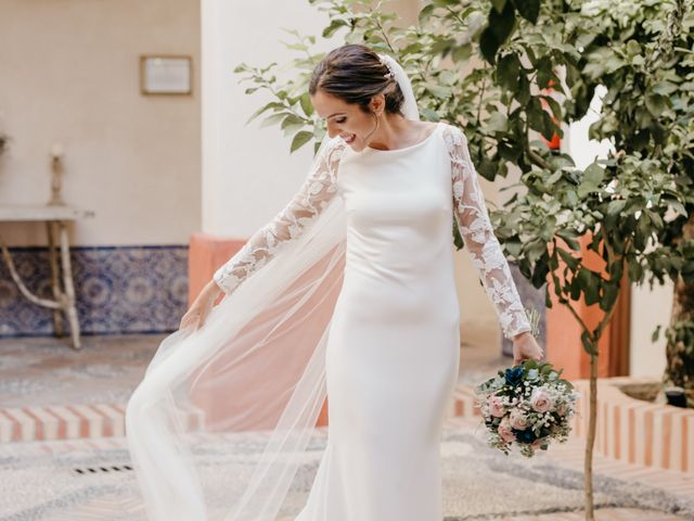La boda de Marcos y Alba en Sevilla, Sevilla 27