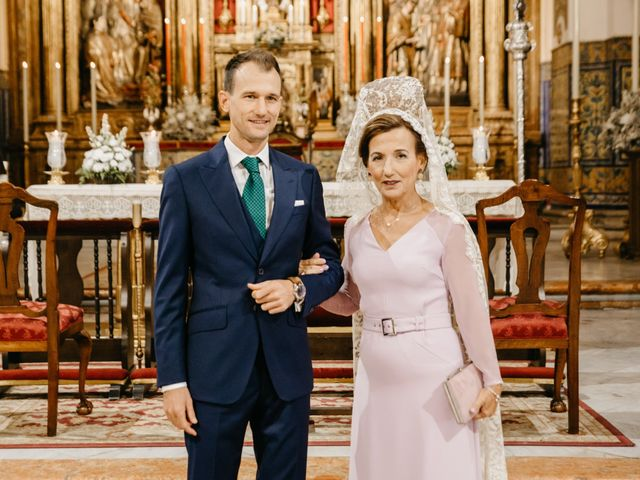 La boda de Marcos y Alba en Sevilla, Sevilla 46