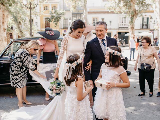 La boda de Marcos y Alba en Sevilla, Sevilla 48