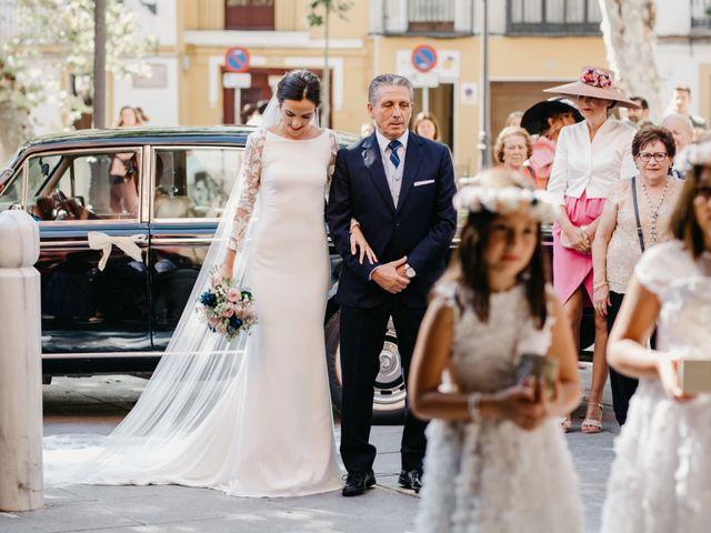 La boda de Marcos y Alba en Sevilla, Sevilla 51