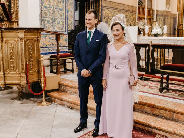 La boda de Marcos y Alba en Sevilla, Sevilla 56