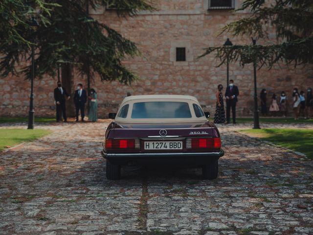 La boda de Juan y Raquel en Castrillo De Duero, Valladolid 52