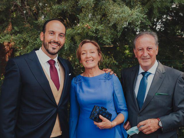 La boda de Juan y Raquel en Castrillo De Duero, Valladolid 58