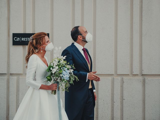 La boda de Juan y Raquel en Castrillo De Duero, Valladolid 163
