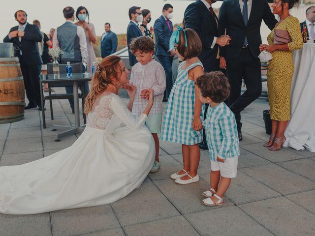 La boda de Juan y Raquel en Castrillo De Duero, Valladolid 169