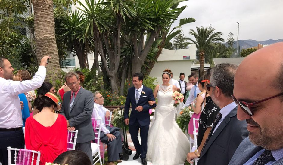 La boda de Ivan y Alba en Nerja, Málaga