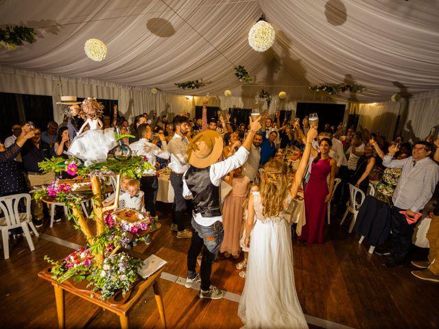 La boda de Lorena y Nieel en Castellnou De Bages, Barcelona 17