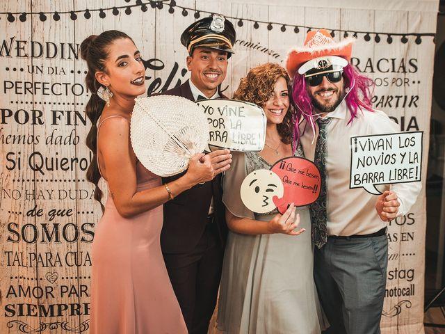 La boda de Juan Francisco y Marta en Viñuela, Málaga 261