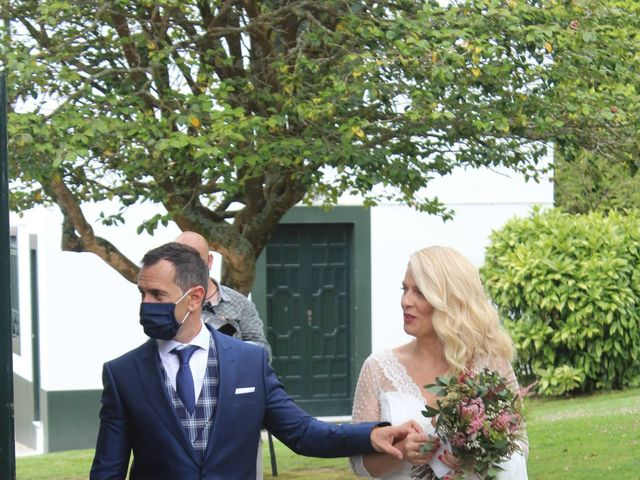 La boda de Carlos y Isa en Cambre, A Coruña 2