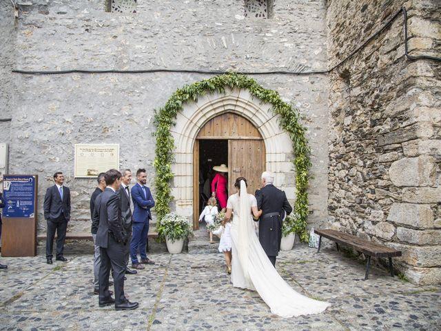 La boda de Lucas y Angela en Santuario Guayente, Huesca 9