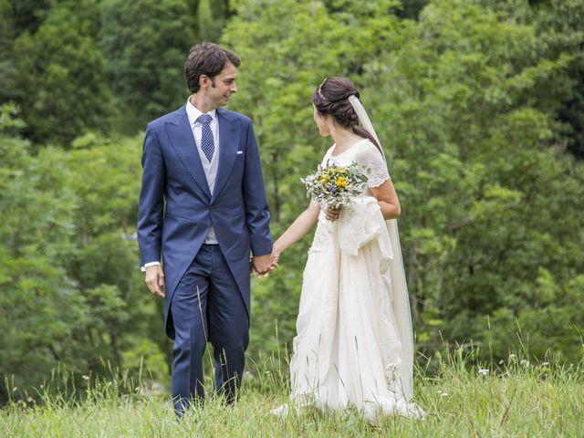La boda de Lucas y Angela en Santuario Guayente, Huesca 13