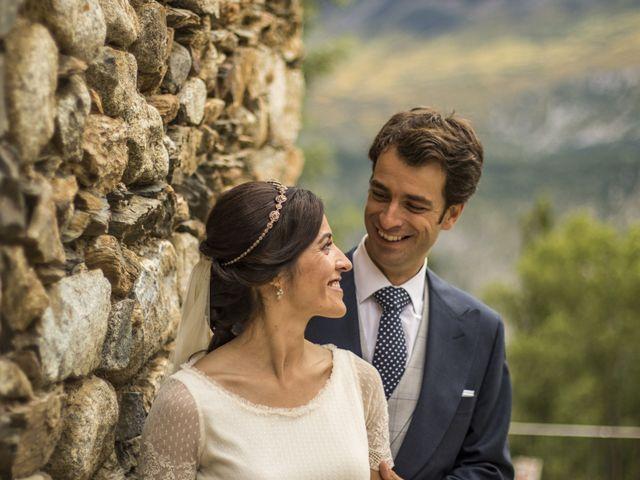 La boda de Lucas y Angela en Santuario Guayente, Huesca 15