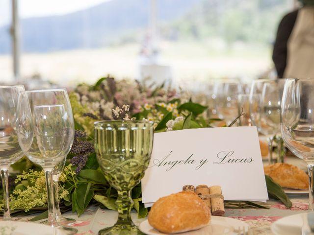 La boda de Lucas y Angela en Santuario Guayente, Huesca 20