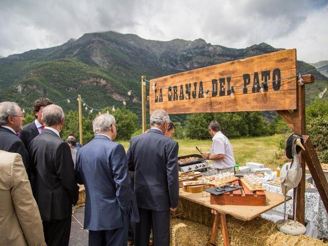 La boda de Lucas y Angela en Santuario Guayente, Huesca 21