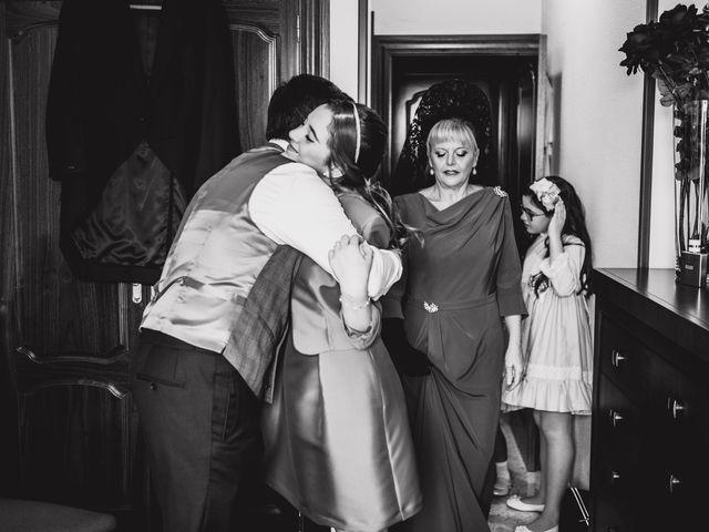 La boda de Luis y Ana en Coria Del Rio, Sevilla 35