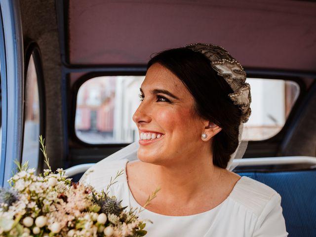 La boda de Luis y Ana en Coria Del Rio, Sevilla 42