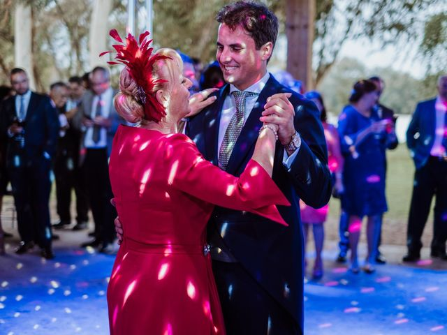 La boda de Luis y Ana en Coria Del Rio, Sevilla 83