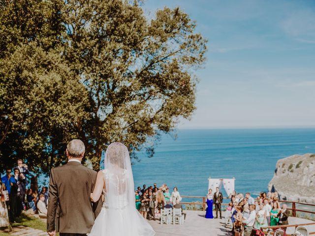 La boda de Sergio y Nagore en Bakio, Vizcaya 18