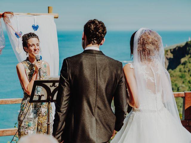 La boda de Sergio y Nagore en Bakio, Vizcaya 23