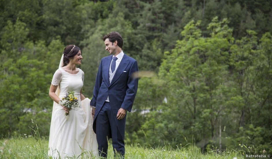 La boda de Lucas y Angela en Santuario Guayente, Huesca